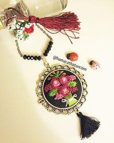 Pembe gül buketi - kanaviçe kolye - embroidery necklace - вышивка колье - Handmade - Cross Stitch - Rococo - Rokoko - Brazilian embroidery - embroidery - crossstitch - kanaviçe - el işi- brezilya nakışı - вышивка крестиком - вышивка - ручной работы
