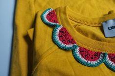 julie ♥ love: Customization of a simple T-shirt, super cute crochet! #crochet inspiration #ganchillo