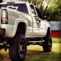 """""""In this brand new Chevy with a lift kit Would look a hell of a lot better with ME up in it"""""""