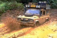 Land Rover Defender Camel Trophy - Kalimantan