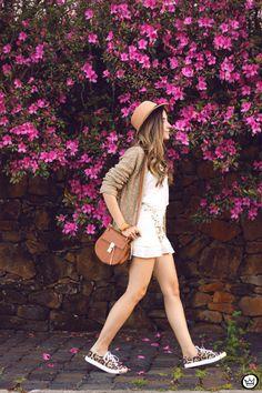 FashionCoolture - 08/27/2015 look du jour MondaBelle white outfit leopard shoes (3)