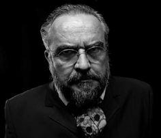 Monólogo adapta 'Crime e Castigo' de Fiódor Dostoievski