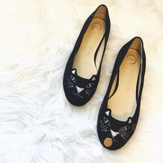 Adorable Cat Flats!  So cute and in like new condition. No noticeable signs of wear. No trades!! 0581680gwb Haru Shoes Flats & Loafers