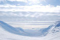 http://elpachinko.com/viajes-suecia/viajes-laponia/viaje-laponia-salka/  El verano no se acaba de ir, así que hoy me ha dado por recordar paisajes polares
