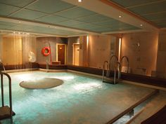 Queen Mary 2 - Aquatherapy Pool