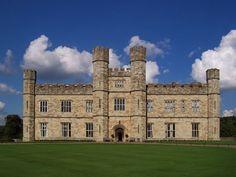 castle windows wallpaper