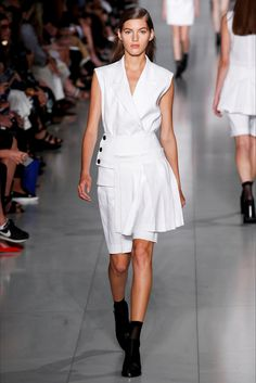 Sfilate DKNY Collezioni Primavera Estate 2016 - Sfilate New York - Moda Donna - Style.it