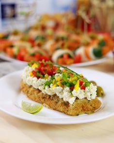 Două feluri de aperitive cu pește care se pot prepara rapid și sănătos! Aveți nevoie doar de câteva ingrediente și niște scobitori! Bruschetta, Seafood, Cooking Recipes, Ethnic Recipes, Sea Food, Recipes, Seafood Dishes