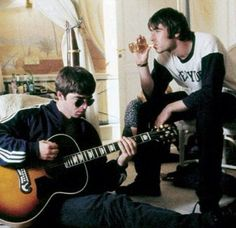 Listen to Oasis' Masterplan recorded live a Knebworth 1996 - Q MagazineQ Magazine Lennon Gallagher, Noel Gallagher, Great Bands, Cool Bands, Oasis Live, Let There Be Love, Definitely Maybe, Liam And Noel, Musica