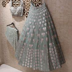Lehnga designs - Exalted Plus Size Womens Fashion Curvy Fashionista Ideas Indian Wedding Outfits, Indian Outfits, Indian Attire, Indian Wear, Indian Lehenga, Blue Lehenga, Sabhyasachi Lehenga, Rajasthani Lehenga, Lehenga Choli Wedding