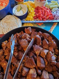 This is the best recipe that's I ever made for carnitas. The recipe is easy and cooks for about 3 hours in the oven making the meat moist, succulent and very tender which falls apart with a fork. Portuguese Recipes, Portuguese Food, Red Pepper Paste, Carnitas Recipe, Red Chili Peppers, Lime Wedge, I Want To Eat, Spice Mixes, Cheddar Cheese