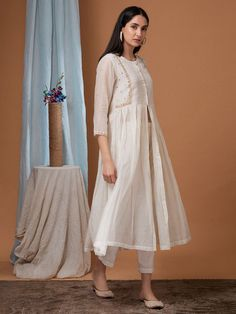Off White Zardozi Embroidered Chanderi Jacket with Pants - Set of 2 Stylish Dresses For Girls, Simple Dresses, Casual Dresses, Trendy Outfits, Simple Pakistani Dresses, Pakistani Dress Design, Dress Indian Style, Indian Dresses, Dress Neck Designs