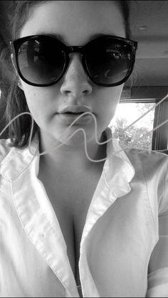 Hot aye✨👅