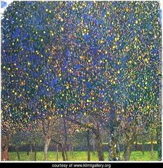 The Pear Tree - Gustav Klimt Reproduction