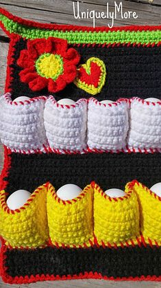 Step up your Easter Egg Hunting Game! This is the Original Egg Apron Pattern! Crochet Crafts, Yarn Crafts, Crochet Projects, Fresh Chicken, Chicken Eggs, Farm Chicken, Small Chicken, Chicken Art, Tunisian Crochet