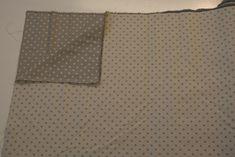 http://www.radicifabbrica.it/prodotto/tessuto-saia-batavia-doubleface-pois-grigio-e-panna/ Tessuto a pois piccoli grigi, da un lato ha il fondo panna e i pois grigi, dall'altro il fondo è grigio e i pois panna.