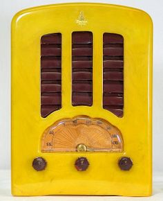 1938 Emerson Yellow Catalin Radio