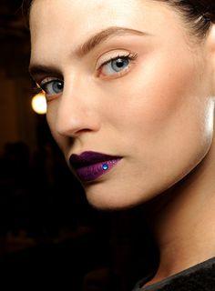 deep+purple+lips+lipstick-atlanta+makeup+artist-makeupbysaj.com.png (317×430)