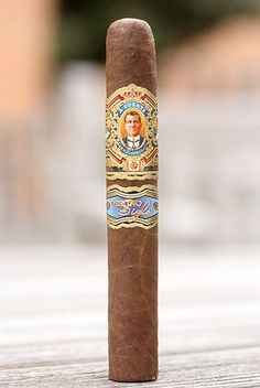 Pin by Ted Dziedzic on Cigars, Pipes, Tobacco Accessories Whisky, Cigars And Whiskey, Good Cigars, Pipes And Cigars, Cuba Cigar, Cigar Reviews, Best Alcohol, Cigar Shops, Cigar Art