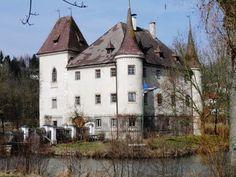 Schloss Weyer, Kematen an der Krems, Austria. 2 hours drive from Vienna. Linzerstraße 2, 4531 Kematen an der Krems, Austria