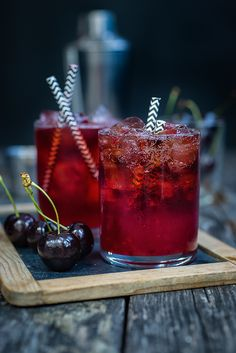 Cocktail Friday: Black Cherry Bourbon Cola Smash | supergolden bakes