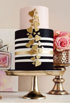 A modern take on art deco- these hearts, black and white are perfect.