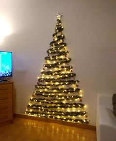 Diy And Crafts, Christmas Tree, Holiday Decor, Home Decor, Home Ideas Decoration, Decorating Ideas, Christmas Crafts, Xmas, Teal Christmas Tree