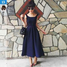 @fcosmos, Zeynep Tosun Ipekyol Couture koleksiyonundan lacivert elbisesiyle. #ipekyol #ipekyoldanyazışıltısı #zeyneptosunipekyol #zeyneptosun