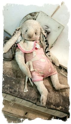 """Image of NEW DESIGN * 11"""" DREAM the Old Rabbit * By Whendi's Bears"""