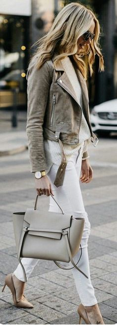 How To Wear Belts - Cute spring outfits / Grey Suede Jacket / White Skinny Jeans / Grey Leather Tote Bag / Nude Pumps - Discover how to make the belt the ideal complement to enhance your figure.