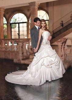 2014 ball gown sleeveless taffeta floor-length bridal gown.....I love the pose