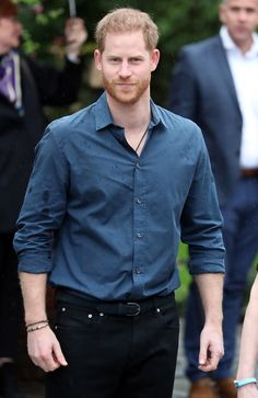 Prince Harry Feels 'Blown Away' by Invictus Heroes, Says Veteran: 'We Need Him, and He Needs Us' Royal News, Prinz Harry, Prince Henry, Handsome Prince, Prince Harry And Meghan, Duke And Duchess, Meghan Markle, British Royals, Princess Diana