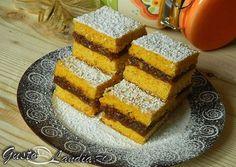 Prajitura cu morcovi si mere (de post) | GustoLandia Romanian Desserts, Romanian Food, Muffin, Vegan Recipes, Cooking Recipes, Good Food, Yummy Food, I Foods, Cornbread