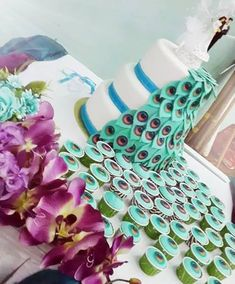 Awesome peacock cake
