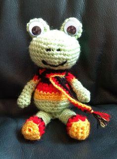 Chrochet, Dinosaur Stuffed Animal, Toys, Projects, Animals, Crochet Hooks, Log Projects, Animales, Ganchillo