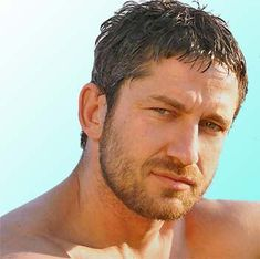 Gerard Butler: Easy on the eyes, & with that accent, easy on the ears too!