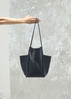 MAGIC OF BLACK BAGS.BOARD BY MARIA FANO - mariafano.com -Building Block SS14 bag collection | Trendland