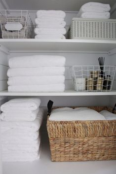 🍀Cub & Clover 🍀 Linen Closet and Towel Refresh with Snowe! Linen Closet Organization, Home Organization Hacks, Bathroom Organisation, Closet Storage, Organizing Ideas, Kitchen Organization, Bathroom Candles, Timeless Bathroom, Linen Cupboard