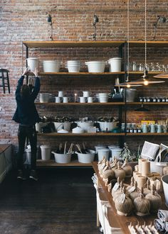 Old Faithful Shop stocks good quality goods for simple, everyday living. We believe that the best products become better known as our Old Faithful ones: trusty, well-built heirloom pieces that are classic in design and only enhanced by the passage of time.
