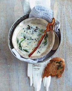 Petersilien-Linsen-Suppe mit Honigspeck