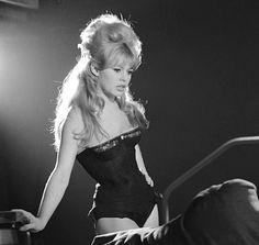 solovelyvintage: Brigitte Bardot on the set of La bride sur le cou, 1961 Brigitte Bardot, Bridget Bardot, Classic Hollywood, Old Hollywood, Jacques Charrier, Divas, And God Created Woman, Photo Vintage, Marlene Dietrich