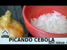 Como cortar cebola em cubinhos sem tábua