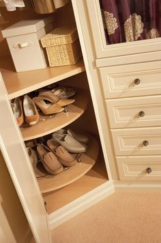 Bedroom Storage Options - Fitted Bedroom - Neville Johnson