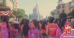 #momentoEnjoy15 es caminar hacia el castillo por primera vez.. #orlando #disney #quinceañeras #disneygram #viajes #waltDisneyWorld #amigas #dreams
