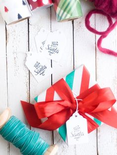 Festive & Free Printable Holiday Gift Tags