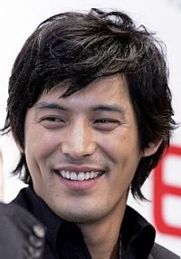 Oh Jiho | Not familiar with this actor, but I'll be watching whatever he's in tonight.  ;-)