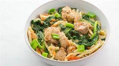 Stir-fried chicken noodles