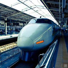 Every Railroad Enthusiast's Dream Come True! Escala Ho, Japan Train, High Speed Rail, Rail Transport, Speed Training, Tokyo Japan, Locomotive, Railroad Tracks, Futuristic