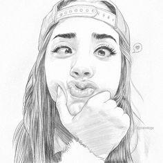 Silly girl quick sketch. Necesito encontrar mas caras asi.mp3 #drawing #sketch #sketching #draw #art #arte #illustration #graphic #design #portrait #pencil #eyebrows #eyes #lips #makeup #fashion #blogger #gdl #saturday #sabado