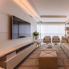 Cores neutras e muita inspiração no living by Claudia Couto. Simplesmente amei! Via @bontempo_oficial www.homeidea.com.br | Face: /bloghomeidea #bloghomeidea #olioliteam #arquitetura #ambiente #archdecor #archdesign #hi #homestyle #home #homedecor #pontodecor #homedesign #photooftheday #love #interiordesign #interiores #cute #picoftheday #decoration #world #lovedecor #architecture #archlovers #inspiration #project #regram